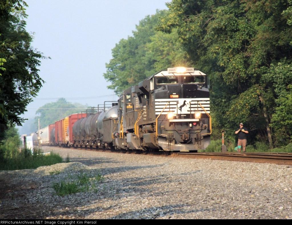 NS 2665 Taking the Royce Runner