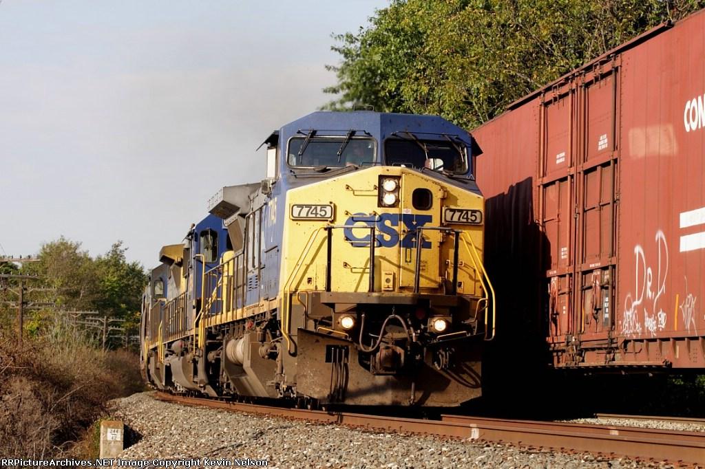 CSX 7745 C40-8W