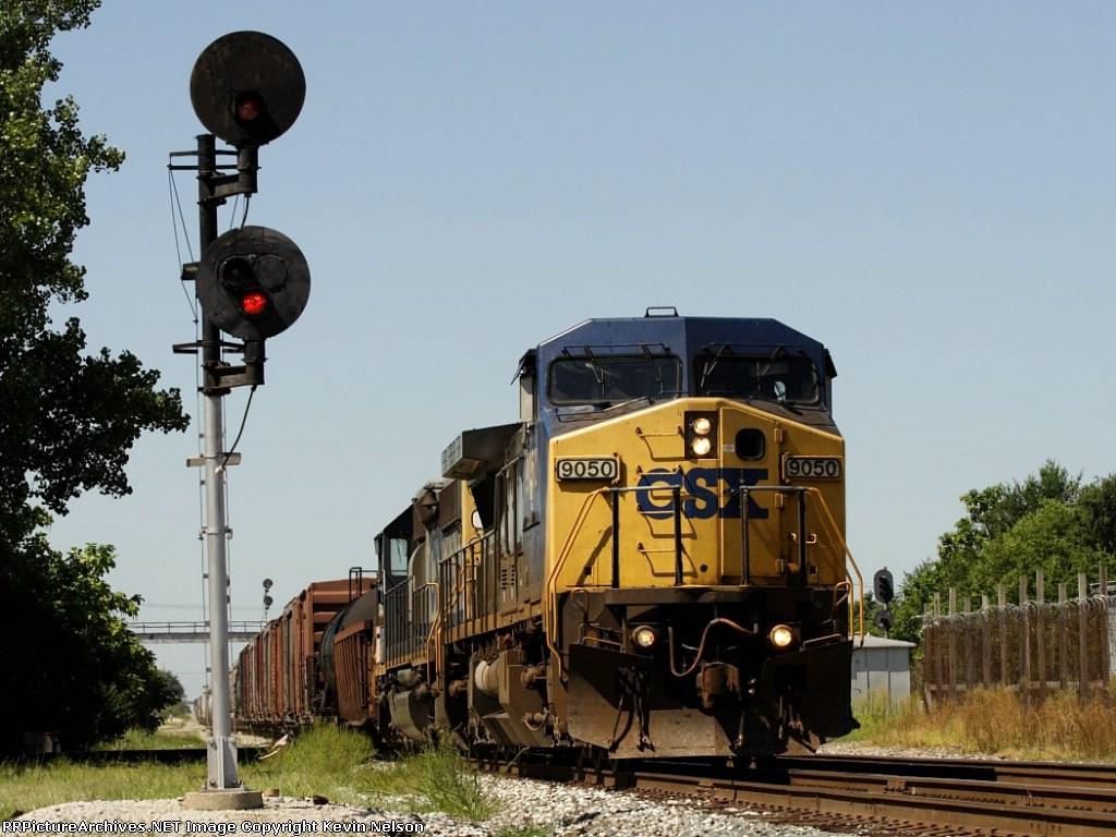 CSX 9050 C44-9W