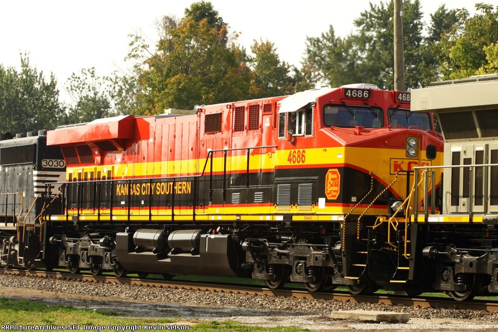 KCS 4686 ES44AC