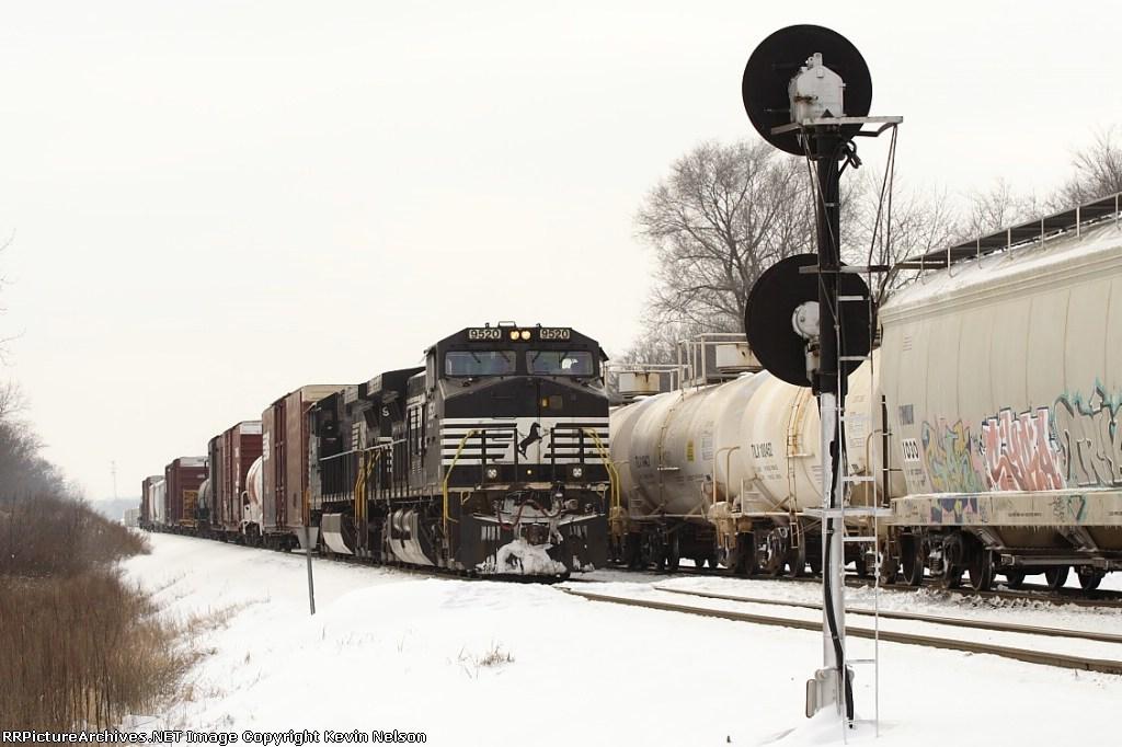 NS 9520 C40-9W