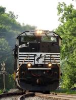 NS 2689 SD70M-2