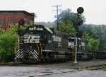 SD38's at CP Ham