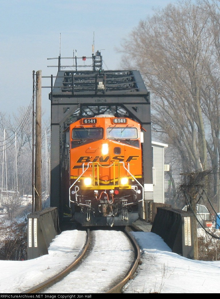 BNSF 6141 coming through the swing bridge