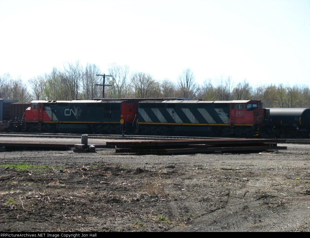 CN 2422 & 2433