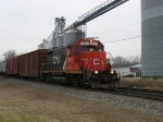 GTW 4635 heads east with L500