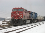 CP 9740 & CEFX 1054 pulling X500 over the top of Saugatuck Hill