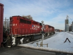 CP 6001 & 6017 with X500 looking towards Q335 in the siding