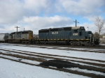 HLCX 8168 & CSX 8324 as today's power for Q326