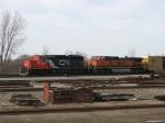CN 6028 & BNSF 1085