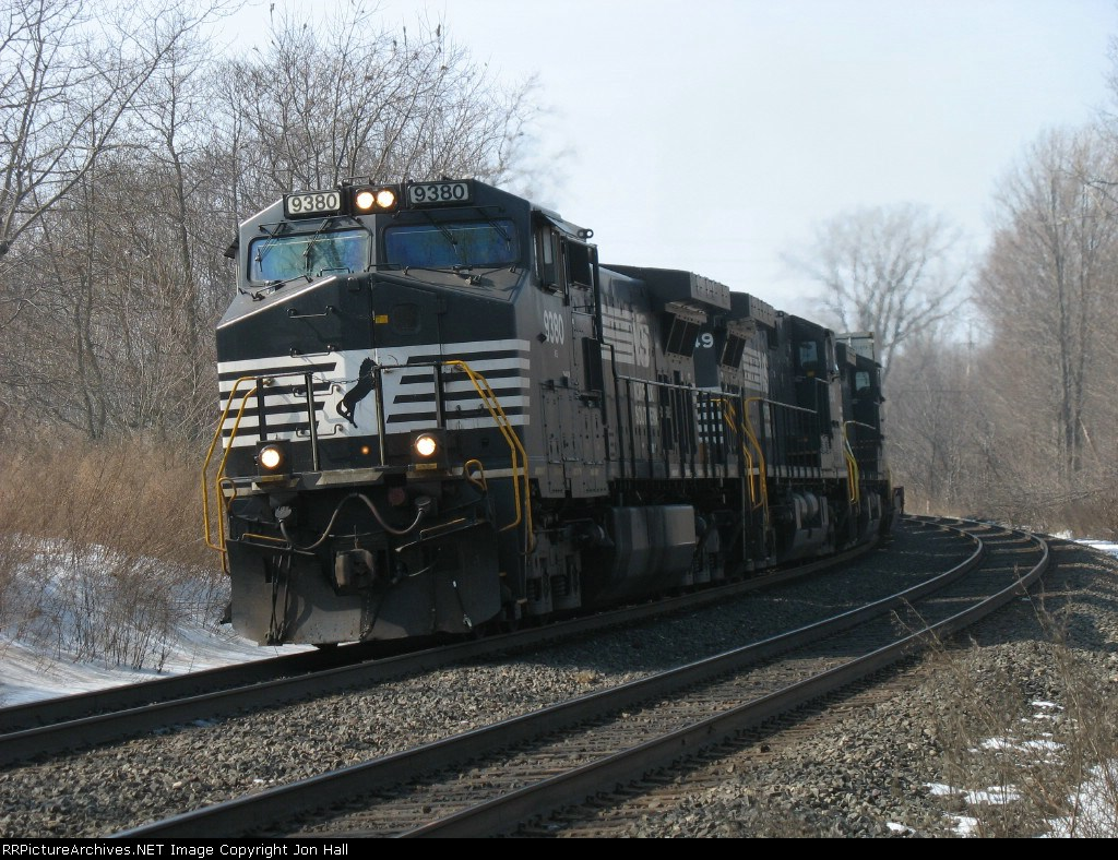 NS 9380, 8949 & 9245 leading stacks east