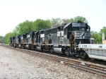 NS 3058, 3008, 8211, 9555, 2643 & 7505 heading away
