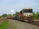 NS 2674 & BNSF 7150 leading 11M