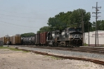 NS 9198 & 6690 rolling east into Indiana on the IHB
