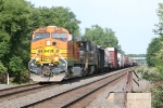 BNSF 4843 & NS 8632 getting underway westward again