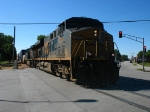 CSX 5283 & 5368 leading Q147 towards Barr Yard