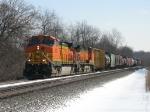 BNSF 4524 & 5262 leading westward