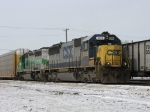 CSX 8566 & GCFX 3057 slowly moving forward with Q288