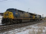CSX 688 & 657 heading west with Q159