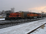 IHB 1511 sitting on the #9 Lead as BNSF 4014 & 810 idle next to it