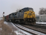 CSX 9039 & 7491 heading south with Q647