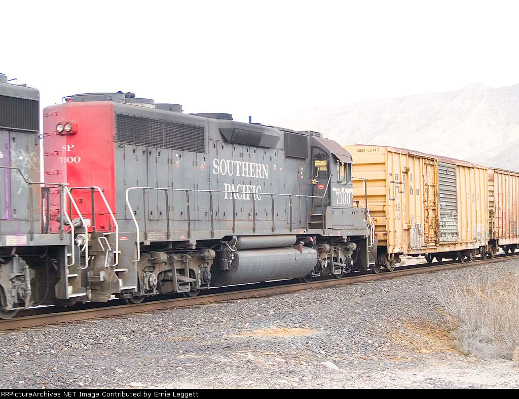 SP 7100 #2 in WB local manifest at 1:39pm