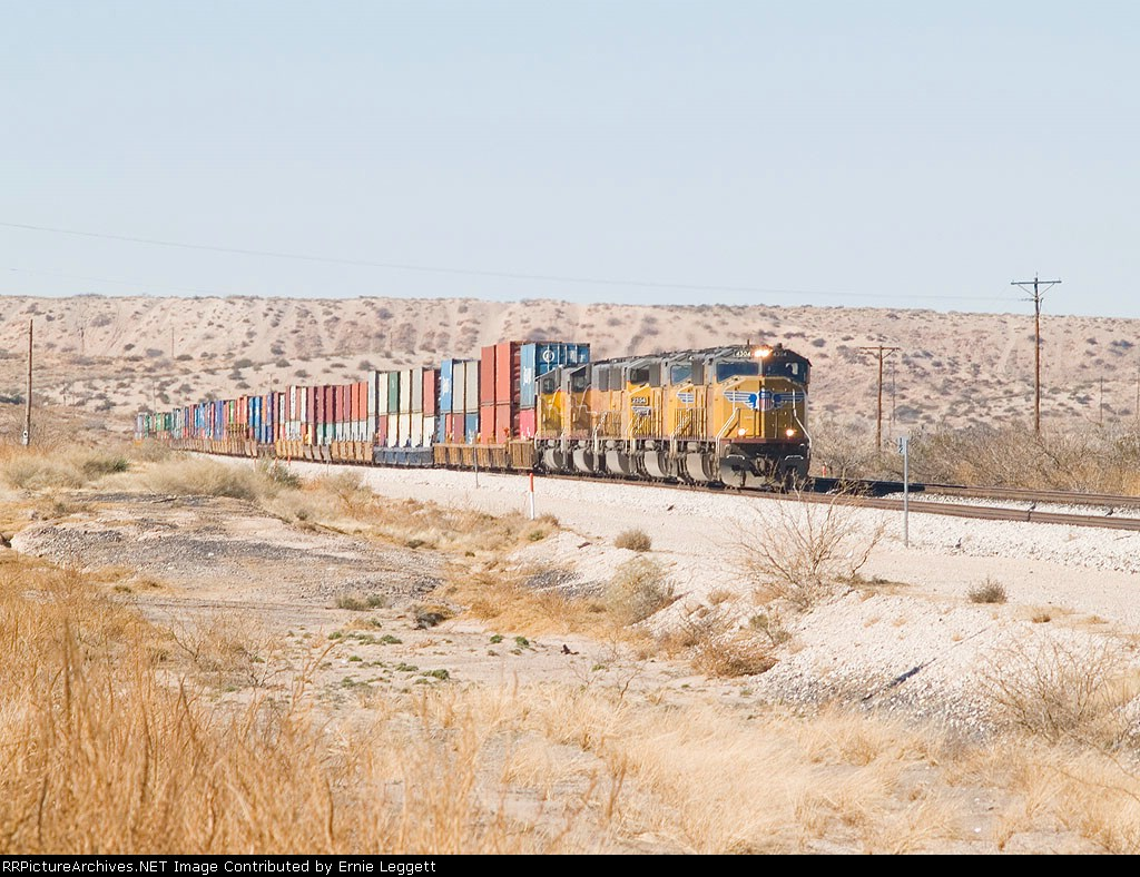 UP 4304 leads an EB intermodal at 12:55pm