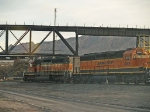 BNSF 6371 and BNSF 6895 moving towards switching job at 7:17am