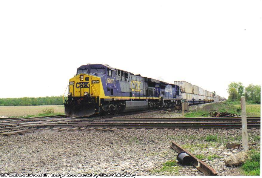 CSX 5007 on Q161