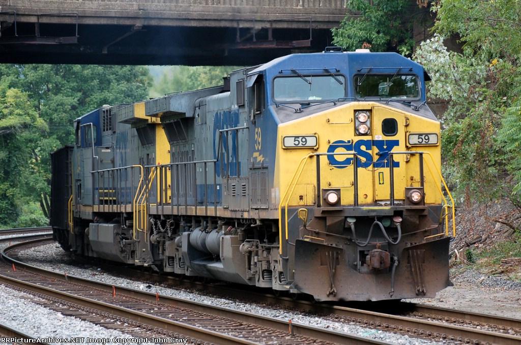 Y162-22 with 90 loads of coal comes off the old main line to meet its helper set for the push across Baltimore. CSXT 59(AC44CW) & CSXT 116(AC44CW) provide the power.