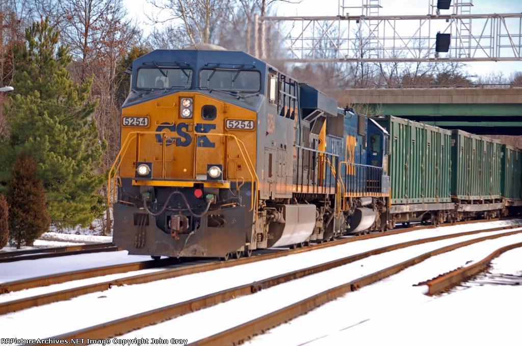 CSXT 5254 (ES44DC) & CSXT 8665 (SD50) ex CR 6751 (SD50) on K277-16