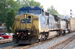 CSXT 7660(C40-8W) & GCFX 3082(SD40-2) ex CP 5521(SD40-2) on Q261