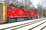 CP 8741 (ES44AC) & CP 8813 (ES44AC) lead Q216-15 towards Baltimore