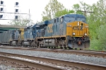 CSXT 5315 (ES44DC), HLCX 6230 (SD40-2) ex UP 3365 (SD40-2) & CSXT 7909 (C40-8W) on Q409-04
