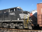 NS 7580's Front R-Side Detail