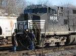 NS 9538 warms up