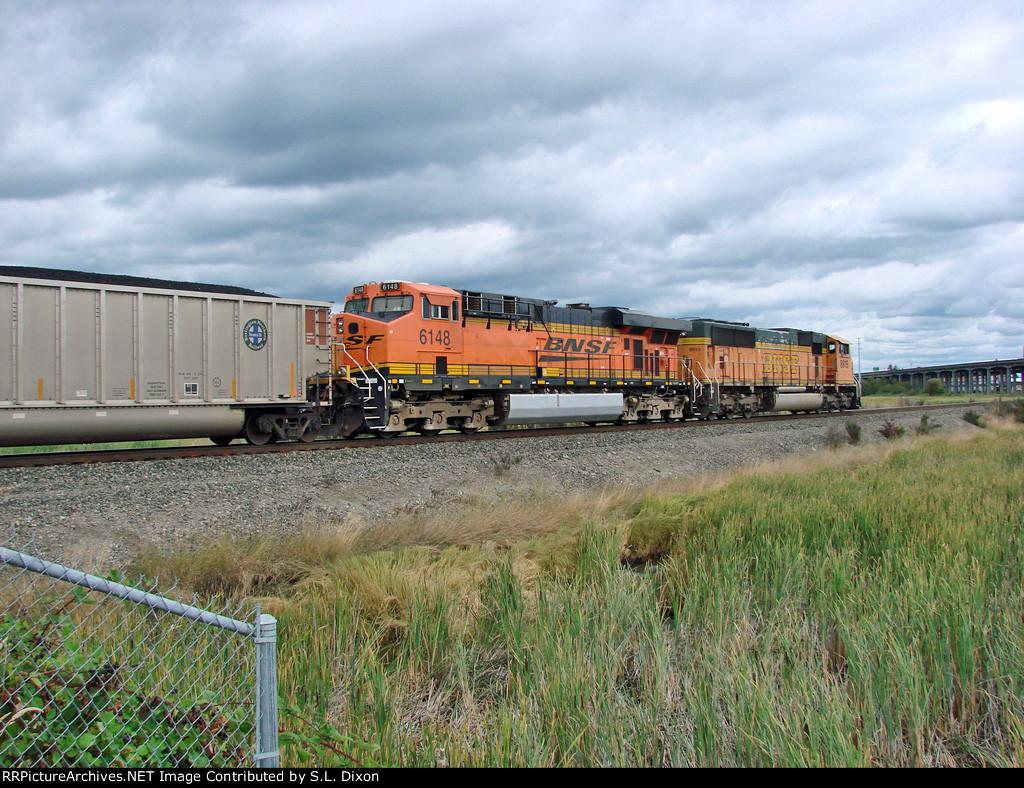 BNSF 8915 North