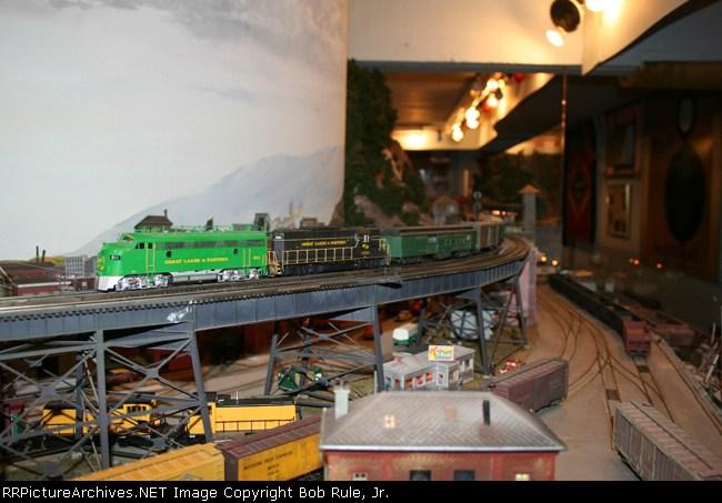 Great Lakes & Eastern passenger train