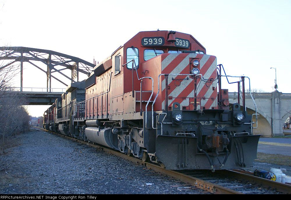 CP power idling on the former CNJ main