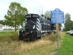 Black River SW1200RS 8142 on photo freight