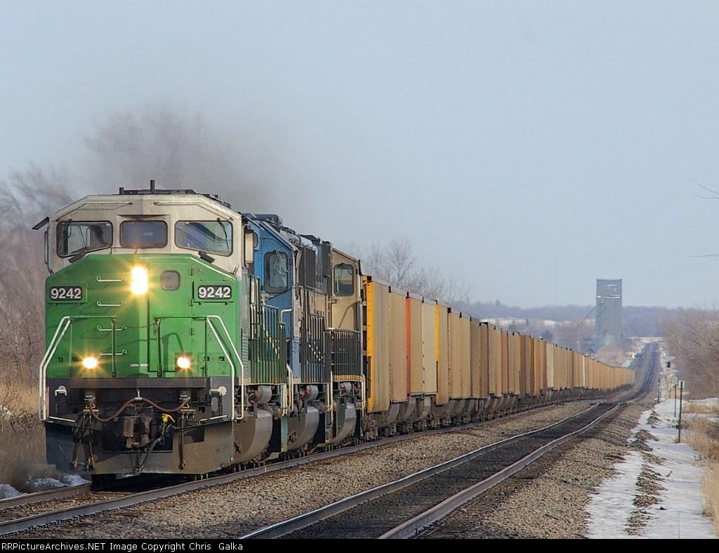 BNSF 9242W