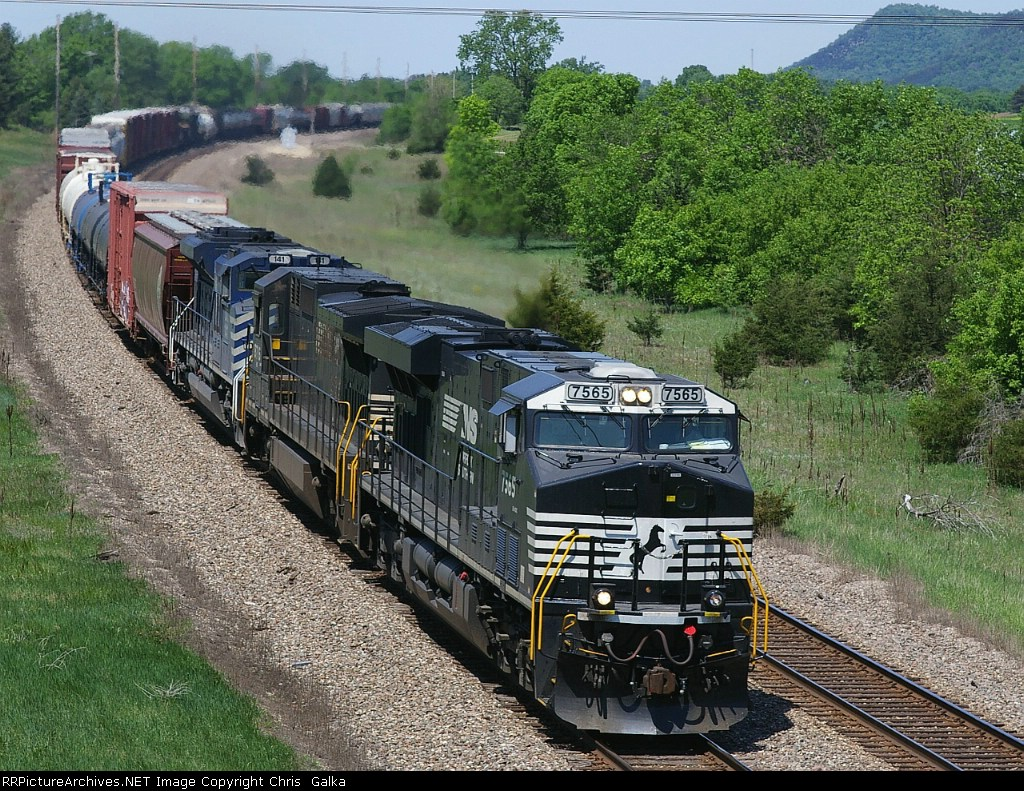 NS 7565E near not
