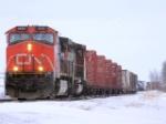 CN 2692W pulling into siding