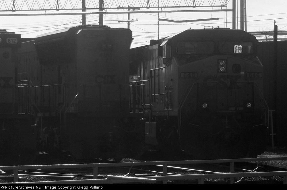 CSX 4715 & 646