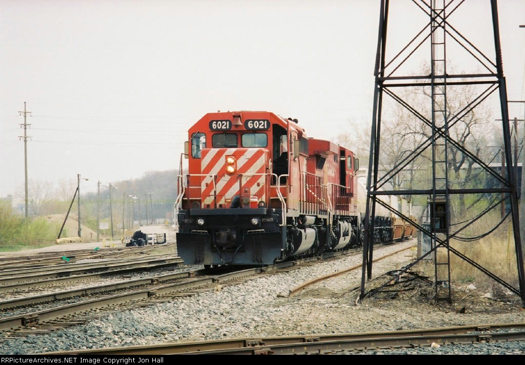 CP 6021 & 8527 entering the yard with X503