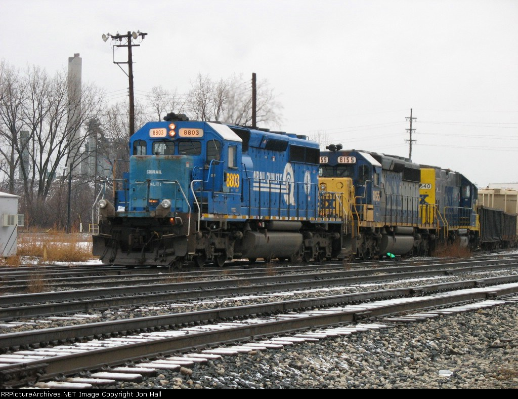 CSX 8803 & 8155 leading Q335 into the yard with 1540 in tow
