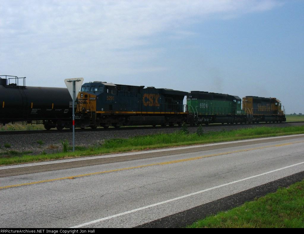 CSX 5291 behind BNSF 6924 & 6901