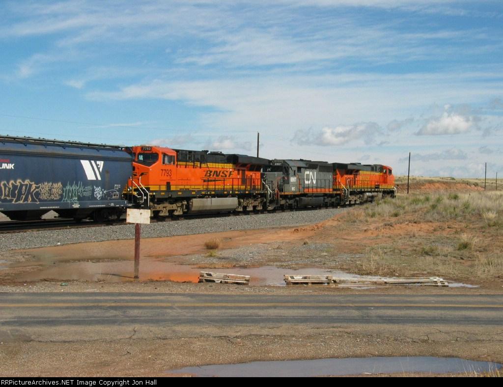 BNSF 7793, WC 6907 & BNSF 7717