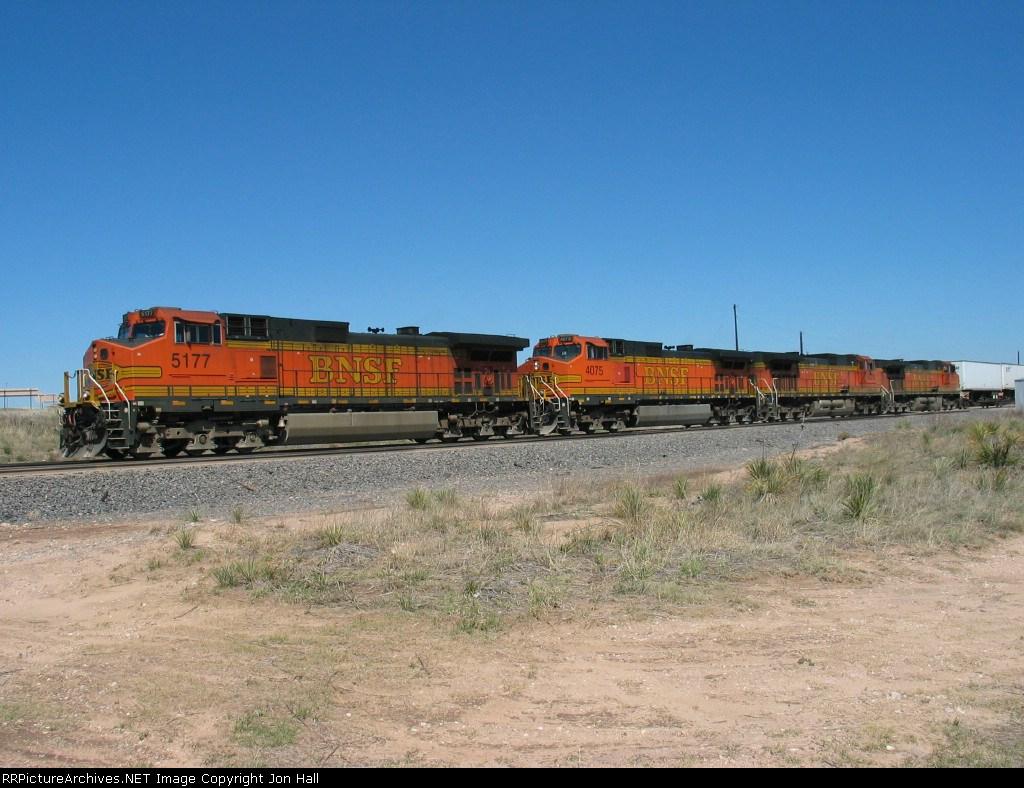 BNSF 5177, 4075 & 4370 rolling west