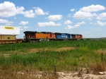 BNSF 5243 following NS 6805 & BNSF 1048
